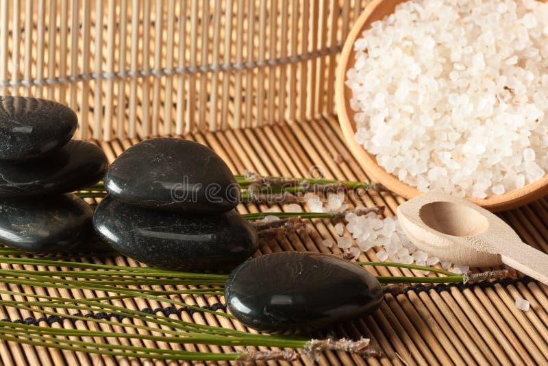 Aromatische zoute therapie die in kuuroord (2) plaatst royalty-vrije stock afbeelding