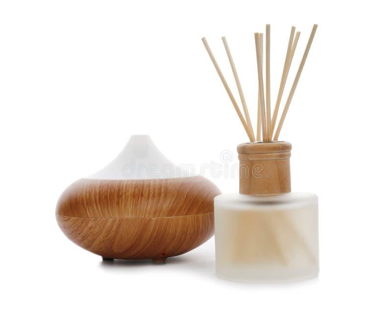 Aromatyczny trzcinowy freshener i oleju dyfuzor obrazy stock