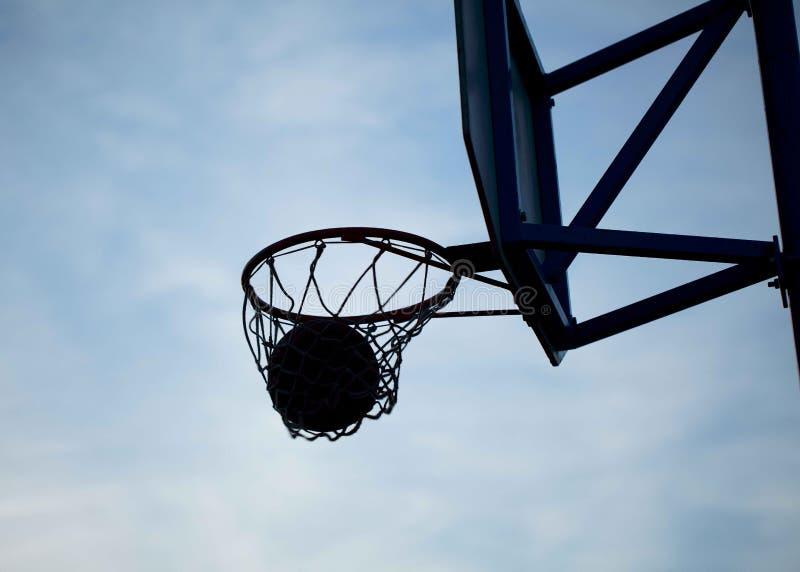Aros de basquetebol foto de stock