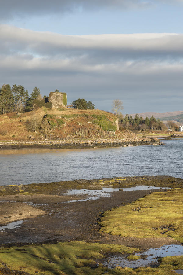 Aros-Schlossruinen auf der Insel von Mull lizenzfreie stockfotos