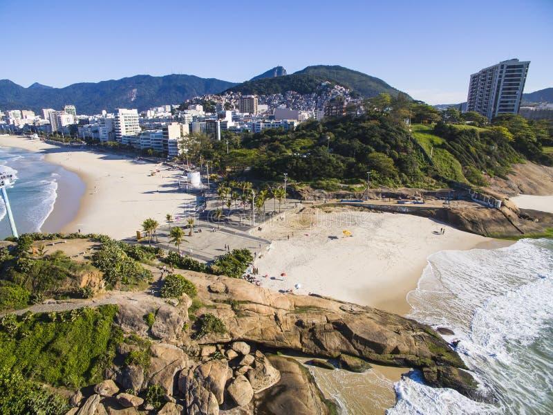 Arpoador-Strand, Teufel ` s Strand, Ipanema-Bezirk von Rio de Janeiro stockbilder