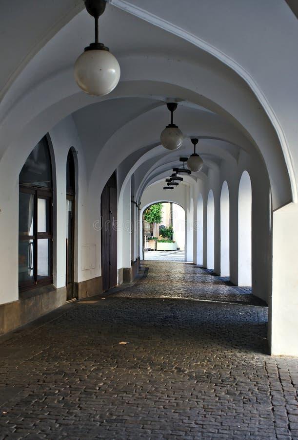 Arqué à la vieille ville à Prague photographie stock