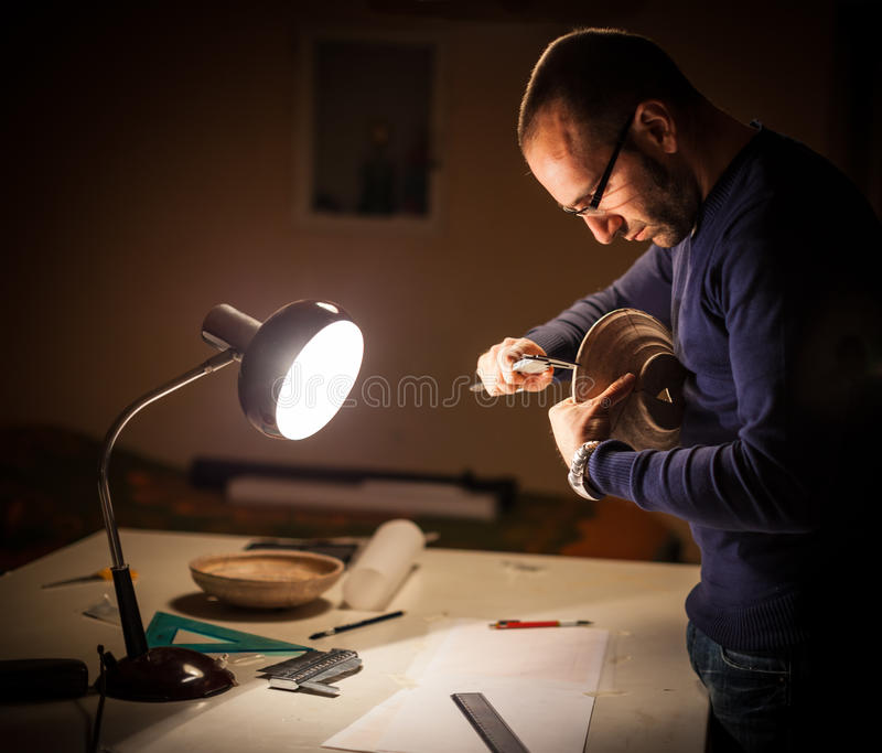 Arqueólogo en el trabajo imagen de archivo libre de regalías