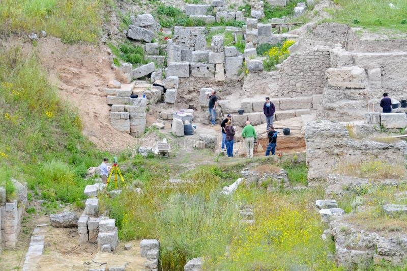 Arqueólogos en el trabajo fotos de archivo libres de regalías