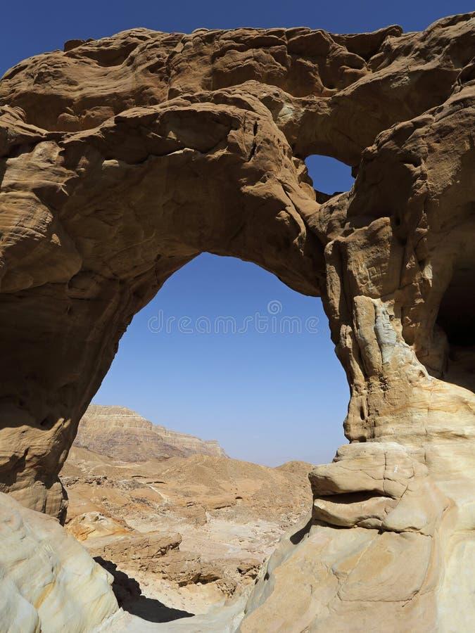 Arqueia a formação de rocha no parque de Timna, Israel fotografia de stock royalty free