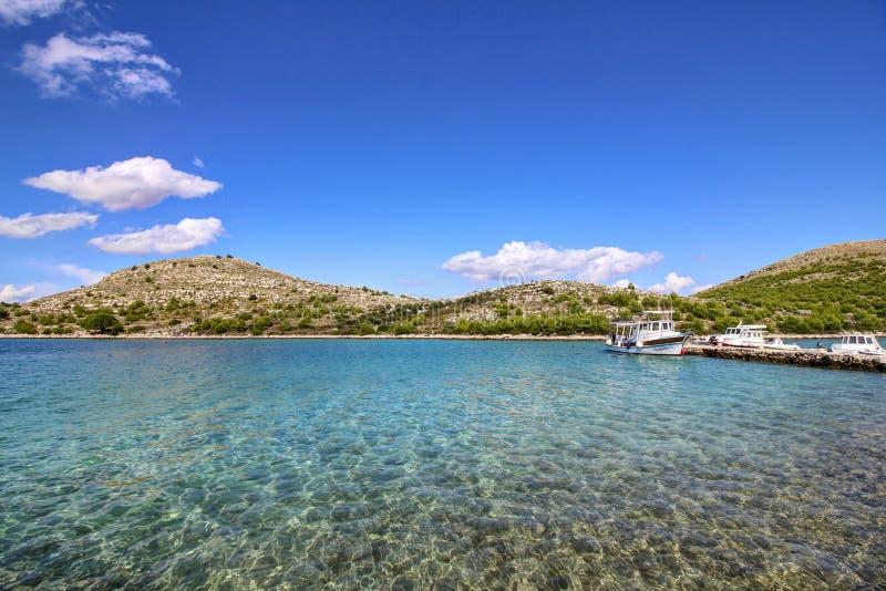 Arquipélago - água de cristal fotografia de stock royalty free