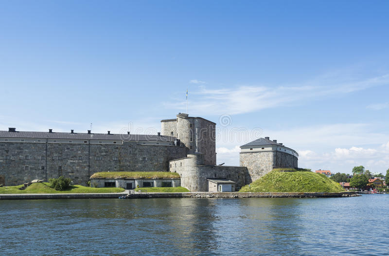Arquipélago de Éstocolmo da fortaleza de Vaxholm foto de stock royalty free