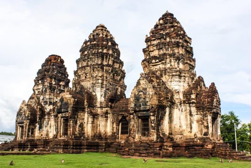 Arquitectura antigua Tailandia de Phra Prang Sam Yot imágenes de archivo libres de regalías