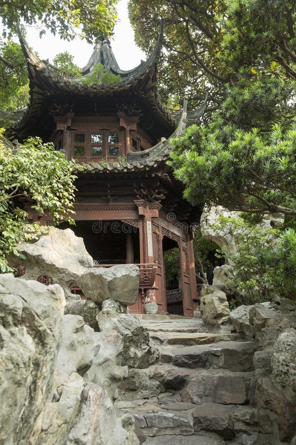 Arquitectura china clásica en el jardín de Yu en Shangai, China fotos de archivo libres de regalías
