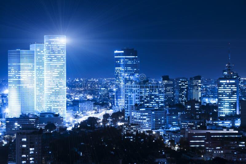 Arquitectura da cidade da noite foto de stock royalty free