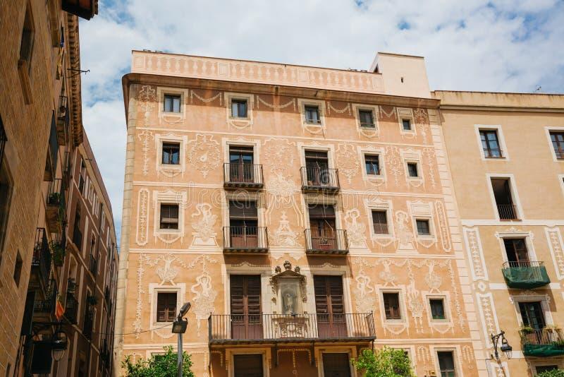 Arquitectura de Barcelona vieja imagenes de archivo