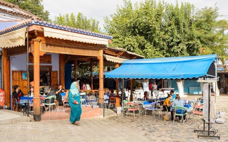 Arquitectura de Chefchaouen, Marruecos imagenes de archivo