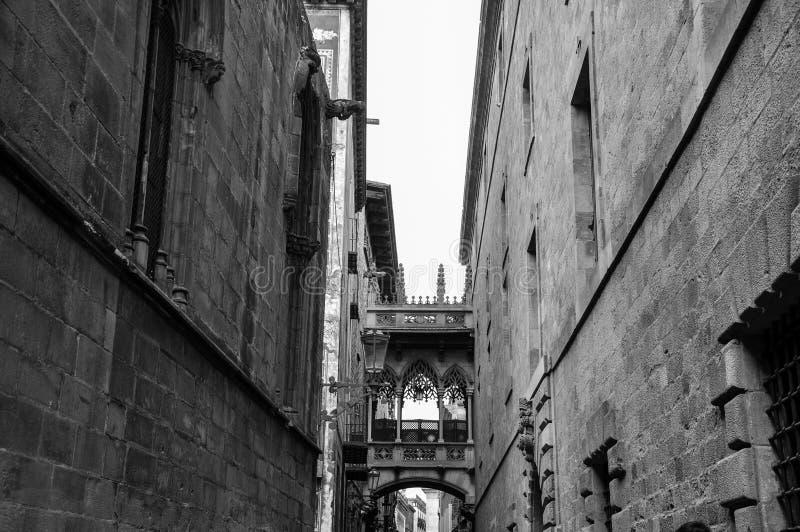 Arquitectura de Skybridge en Barcelona Espa?a imagen de archivo libre de regalías