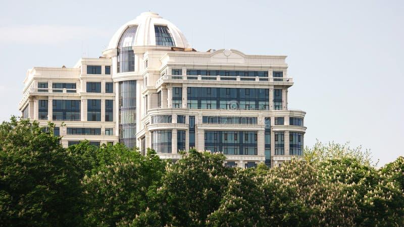 Arquitectura del centro de negocios foto de archivo