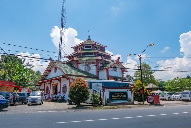 Arquitectura del hoo magn?fico de cheng de la mezquita en Purbalingga, Indonesia imagen de archivo libre de regalías