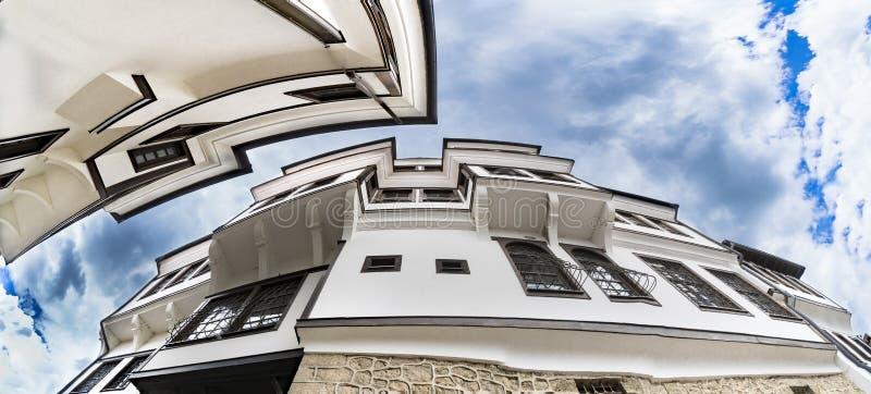 Arquitectura genérica de la casa tradicional del Urania en la ciudad vieja de Ohrid en Macedonia fotos de archivo libres de regalías