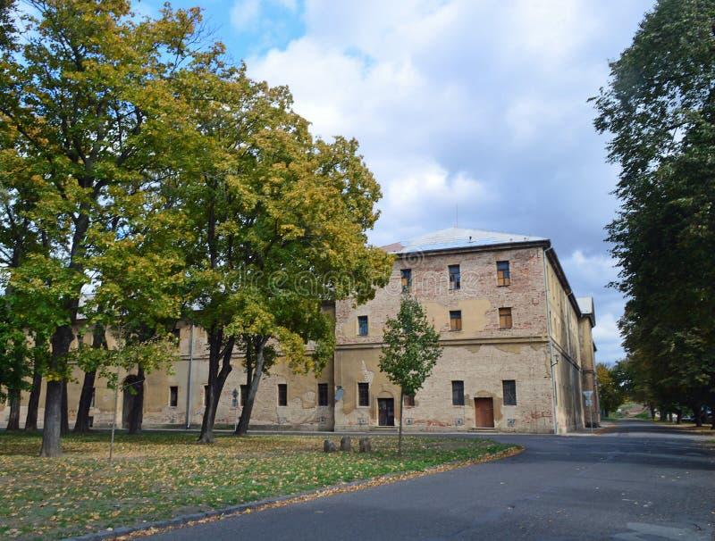 Arquitectura genérica del ghetto judío anterior en la República Checa de Terezin imagen de archivo