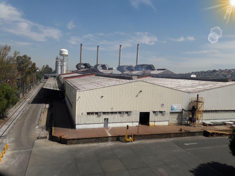 Arquitectura industrial de la fábrica en Ciudad de México Ecatepec imagen de archivo libre de regalías