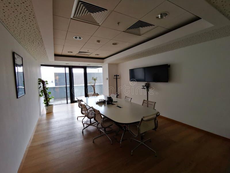 Arquitectura interior de la oficina foto de archivo