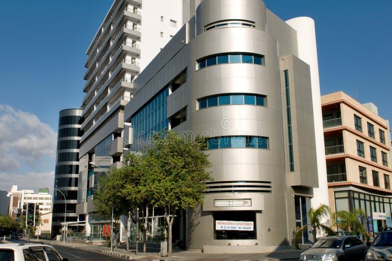 Arquitectura moderna de la oficina en Nicosia - Chipre fotos de archivo
