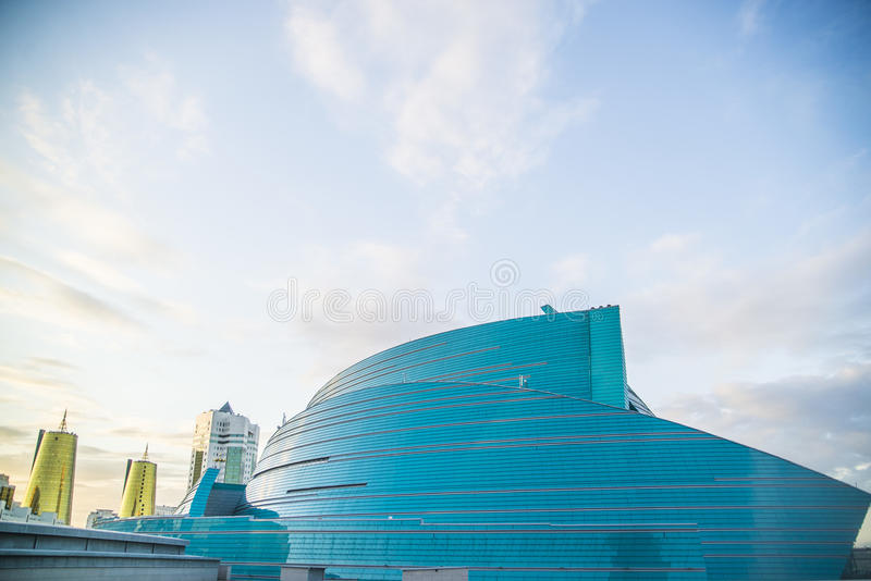 Arquitectura moderna en Astaná Kazajistán fotos de archivo