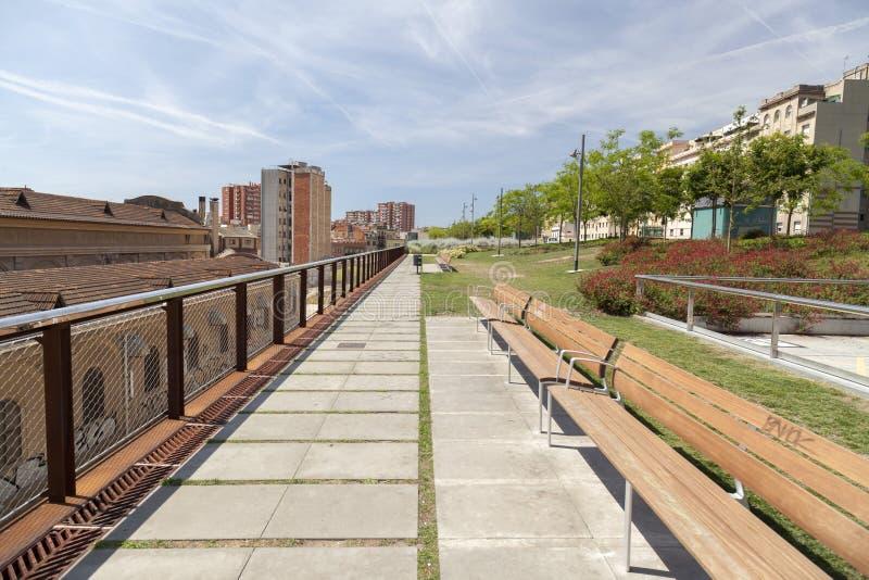 Arquitectura moderna, jardines de Rambla de Sants, Barcelona foto de archivo libre de regalías