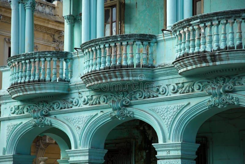 Arquitectura neoclásica en verde menta imagen de archivo libre de regalías