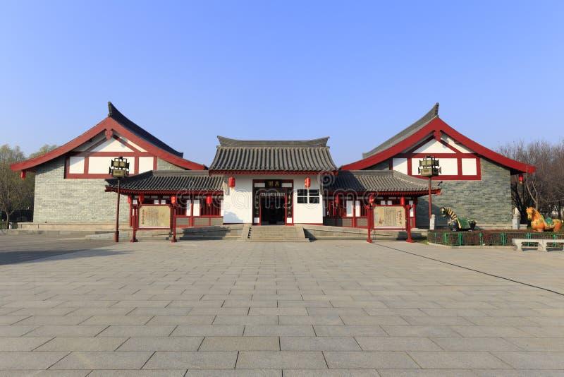 Arquitectura tradicional china xingyuan en el jardín del furong del datang, adobe rgb foto de archivo libre de regalías