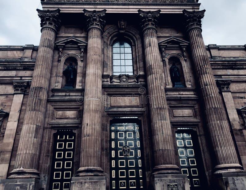 Arquitetura assombrada imagem de stock
