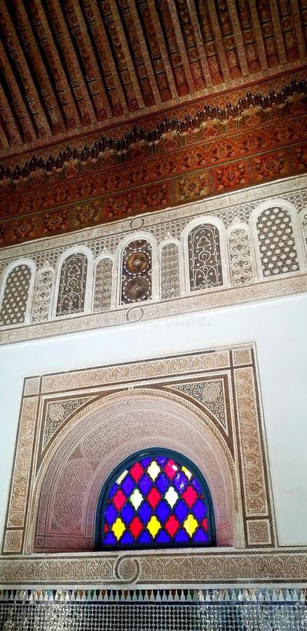 Arquitetura bonita e decoração de Bahia Palace Medina Marrakesh foto de stock