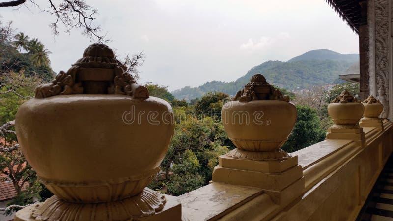 Arquitetura budista cingalesa fotografia de stock