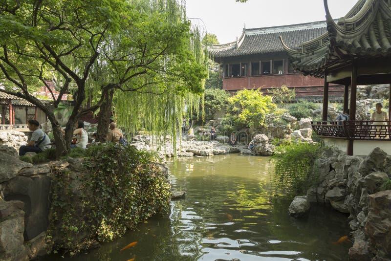 Arquitetura chinesa clássica no jardim de Yu em Shanghai, China fotos de stock royalty free