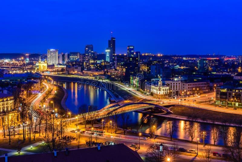 Arquitetura da cidade bonita de Vilnius fotografia de stock royalty free