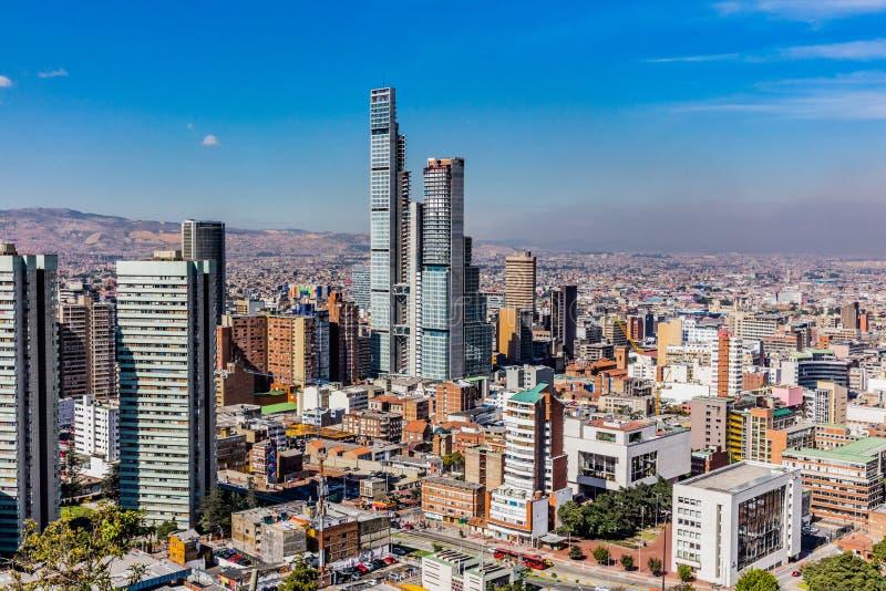 Arquitetura da cidade Col?mbia da skyline de Bogot? fotografia de stock