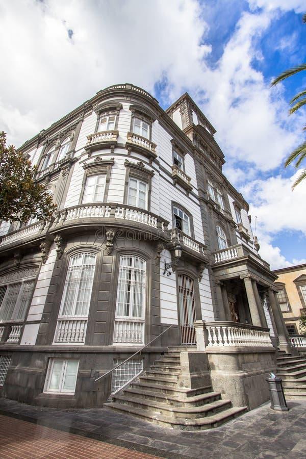Arquitetura da cidade com as casas no Las Palmas, Gran Canaria, Espanha imagens de stock
