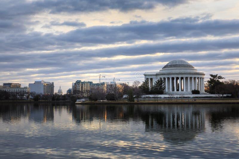 Arquitetura da cidade da manhã do inverno do Washington DC imagem de stock royalty free