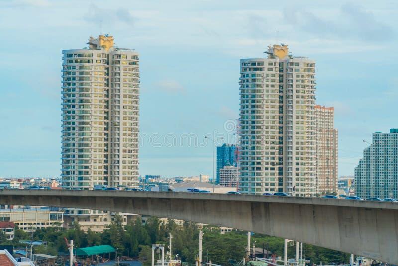 A arquitetura da cidade de Banguecoque em Tailândia imagem de stock