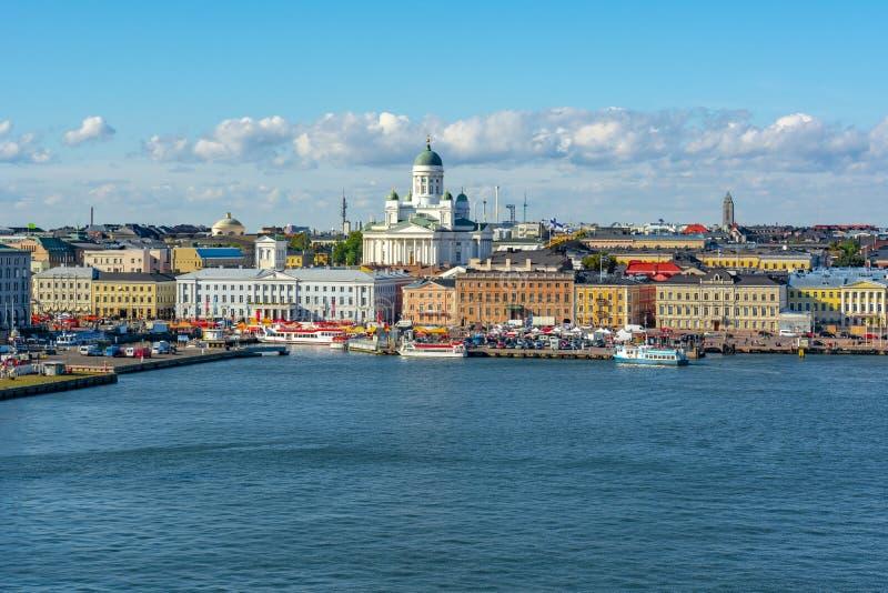 Arquitetura da cidade de Hels?nquia com catedral de Hels?nquia, Finlandia foto de stock royalty free