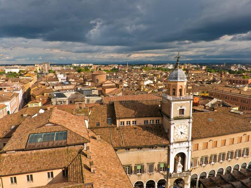 Arquitetura da cidade de Modena, cidade medieval situada no IEM imagens de stock