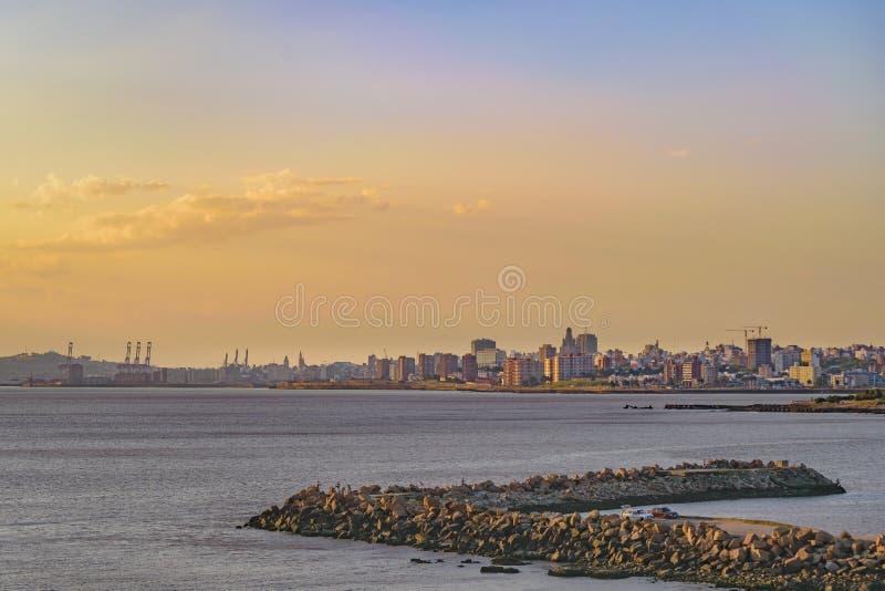 Arquitetura da cidade de Montevideo, Uruguai fotografia de stock