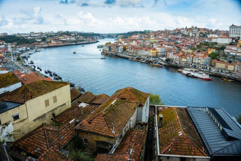 Arquitetura da cidade de Porto, vista da cidade europeia velha imagem de stock royalty free