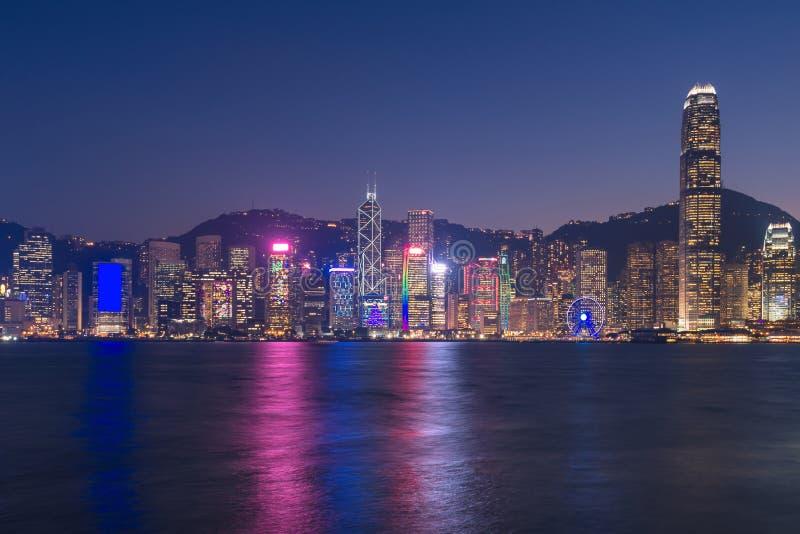 Arquitetura da cidade do centro de Hong Kong no tempo crepuscular fotos de stock royalty free
