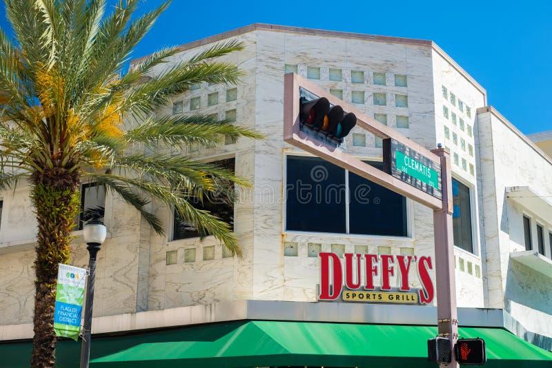 Arquitetura da cidade do centro de West Palm Beach imagem de stock royalty free