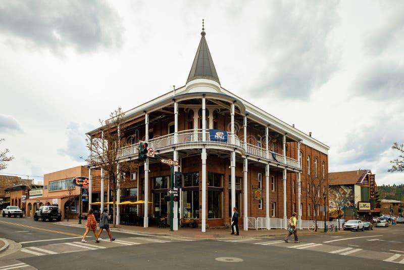 Arquitetura da cidade do centro do mastro fotografia de stock royalty free