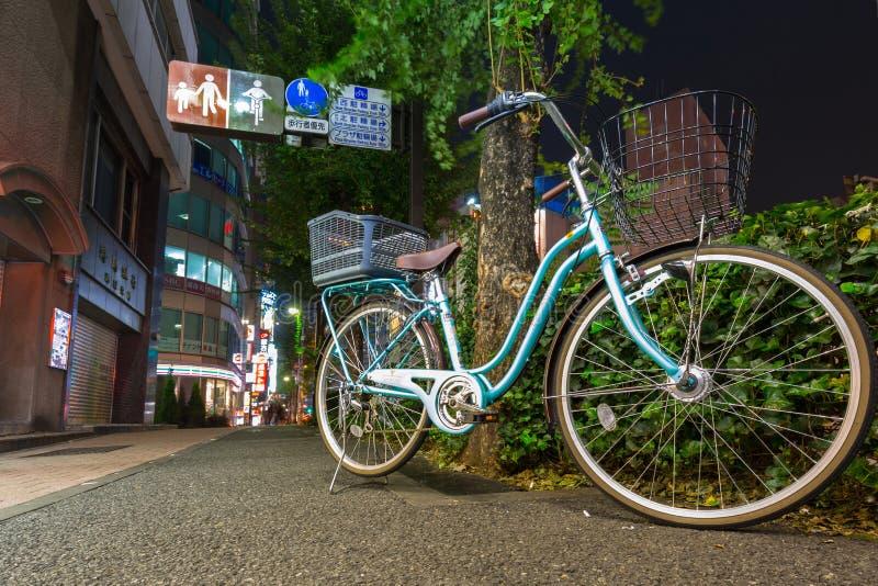 Arquitetura da cidade do distrito de Ikebukuro no Tóquio imagens de stock