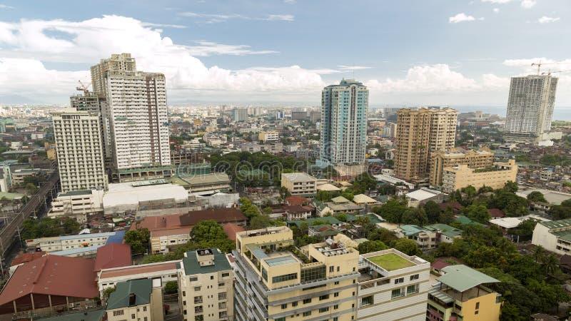 Arquitetura da cidade do metro Manila de cima de imagem de stock