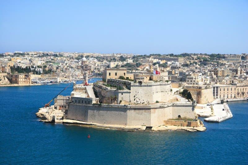 Arquitetura da cidade e porto de Malta foto de stock royalty free
