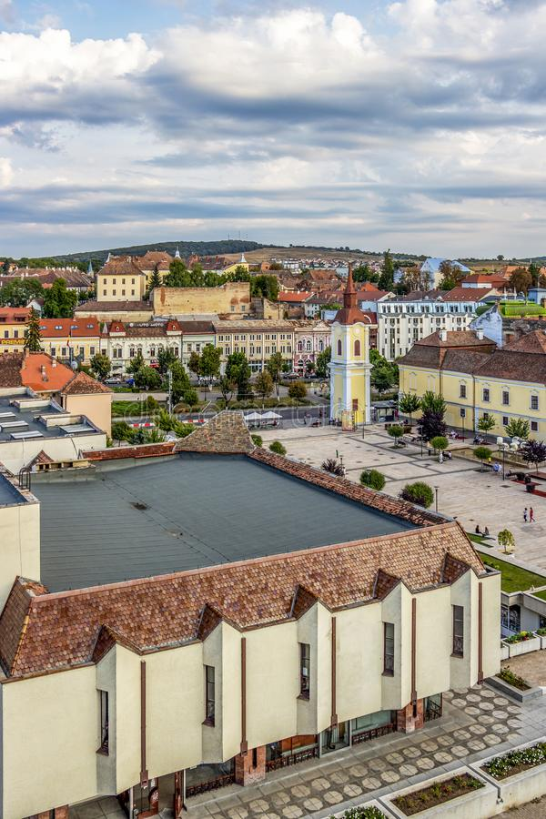 Arquitetura da cidade elevada de Targu Mures, a Transilvânia Romênia imagem de stock