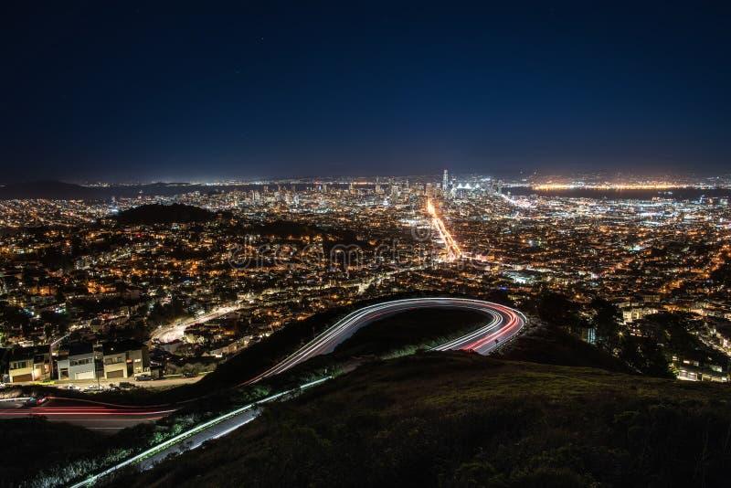 Arquitetura da cidade da noite de San Francisco imagens de stock