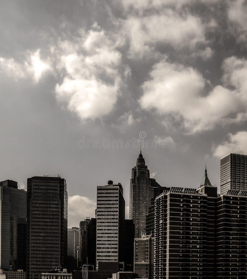 Arquitetura da cidade urbana com os arranha-céus altos no Manhattan metropolitano, New York fotos de stock